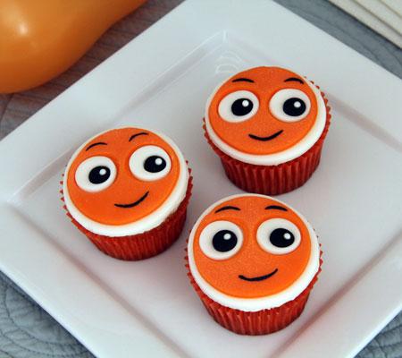 nemo-cupcakes-a-recipe-baby-shower-photo-450x400-clittlefield-040