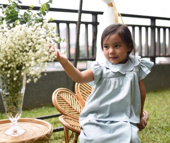 Dressing The Kids Up For Raya