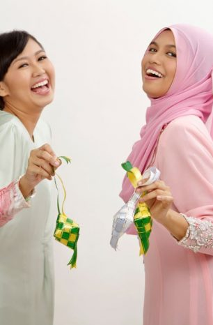 All You Need To Know About Raya Etiquette